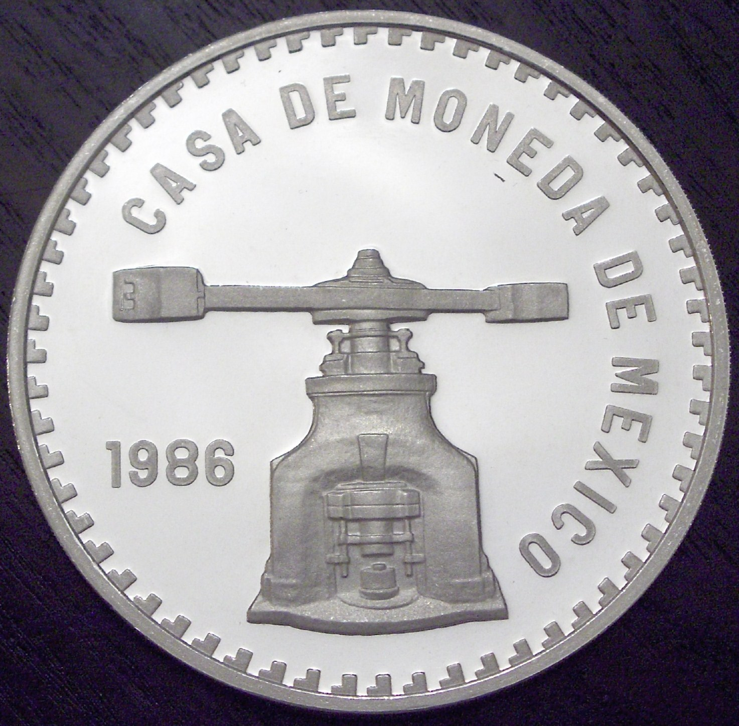 Mexico 1986 5 Onza Press front